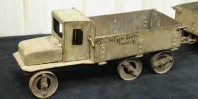 spielzeug-lkw-i.wk-um-1910-blech-2303