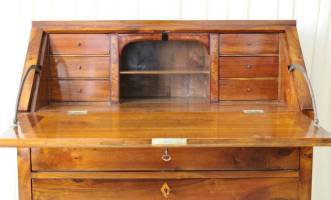 sekret�r-um-1820-nussbaum-eiche-2309