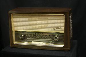 roehrenradio-um-1940-50-2063