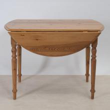 runder-tisch-mit-gedrechselten-beinen-biedermeier-um-1850-ti-3814