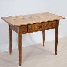 Biedermeier-Tisch mit Schublade