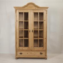 dreiseitig-verglaste-sammler-vitrine-vi-3573